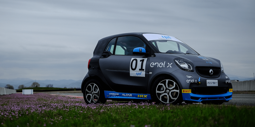 Smart EQ ForTwo electric drive E-Cup
